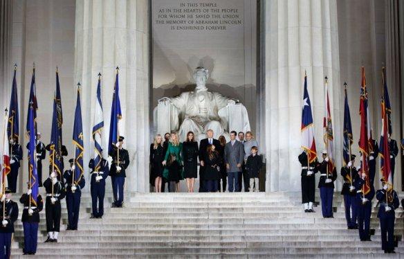 donald-trump-inauguration-lincoln-memorial-family